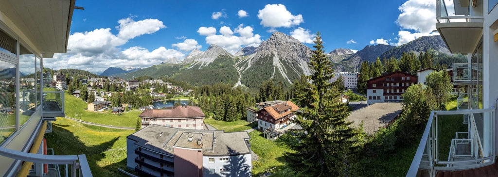 Panorama Bild Aussicht Ferienwohnung Arosa