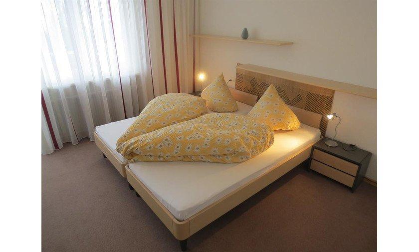 Schlafzimmer Ferienwohnung VIktoria Arosa