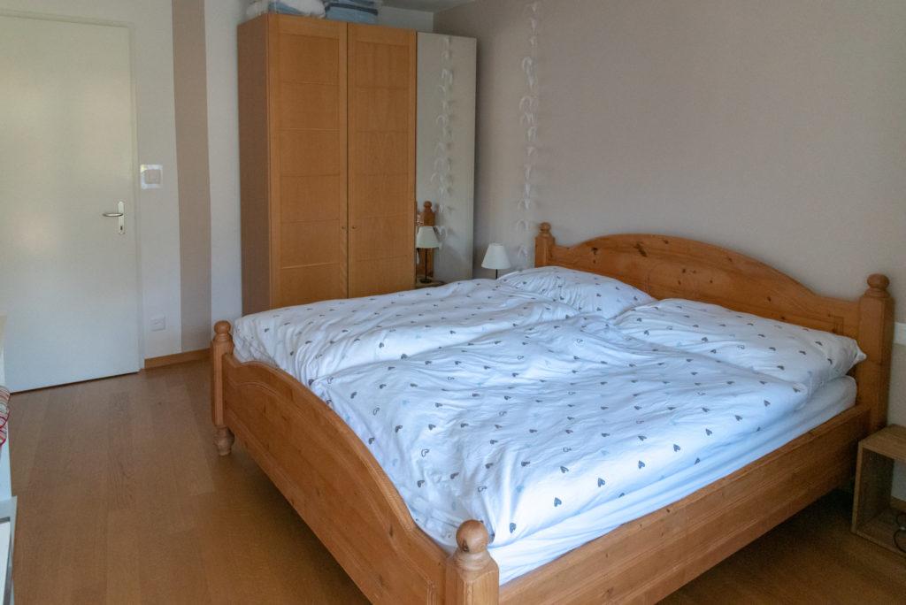 Schlafzimmer Ferienwohnung Arosa Viktoria eve-adams-ferienparadies